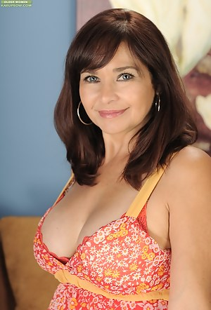 Free Mature Beauty Porn Pictures