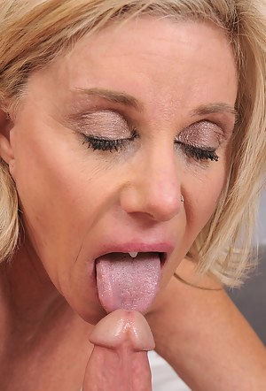 Free Mature Cum in Mouth Porn Pictures