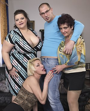 Free Mature Foursome Porn Pictures